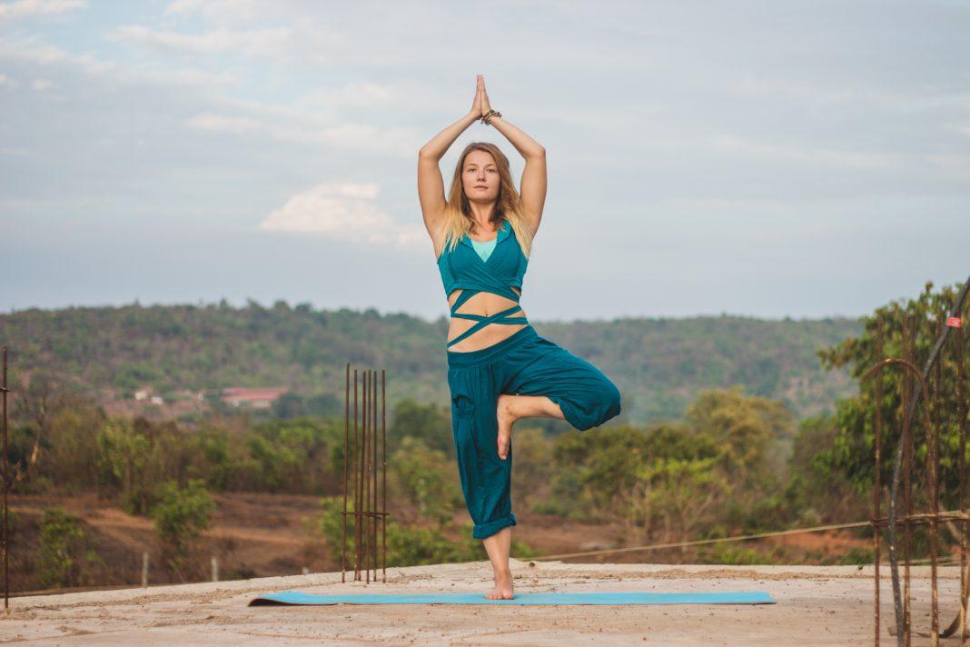 Асаны йоги: что это такое, виды и основные позы с названиями