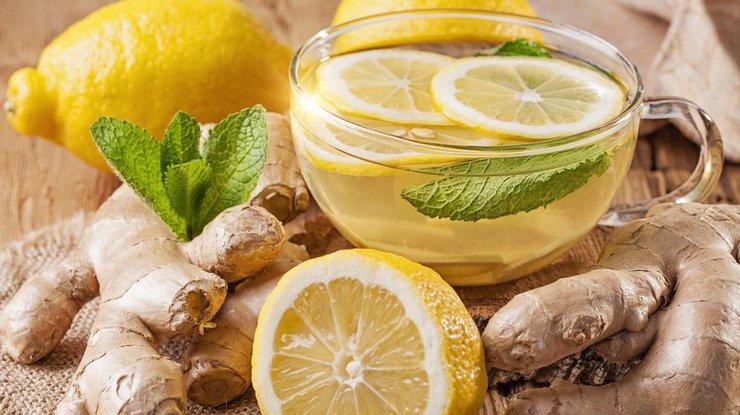 chaj s imbirem i lemonom