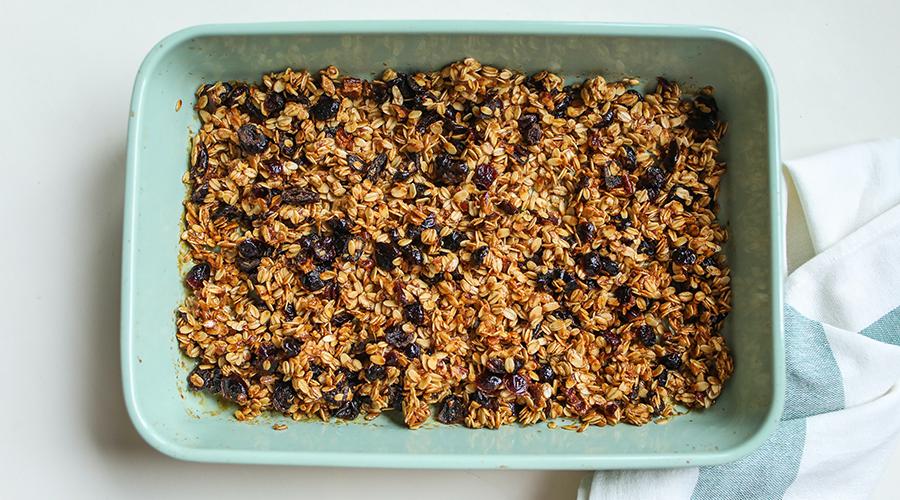 granola s chernoslivom